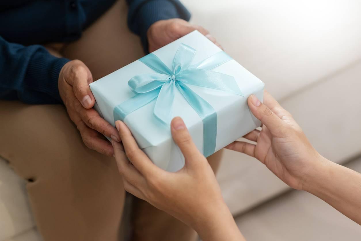 cadeau marraine parrain